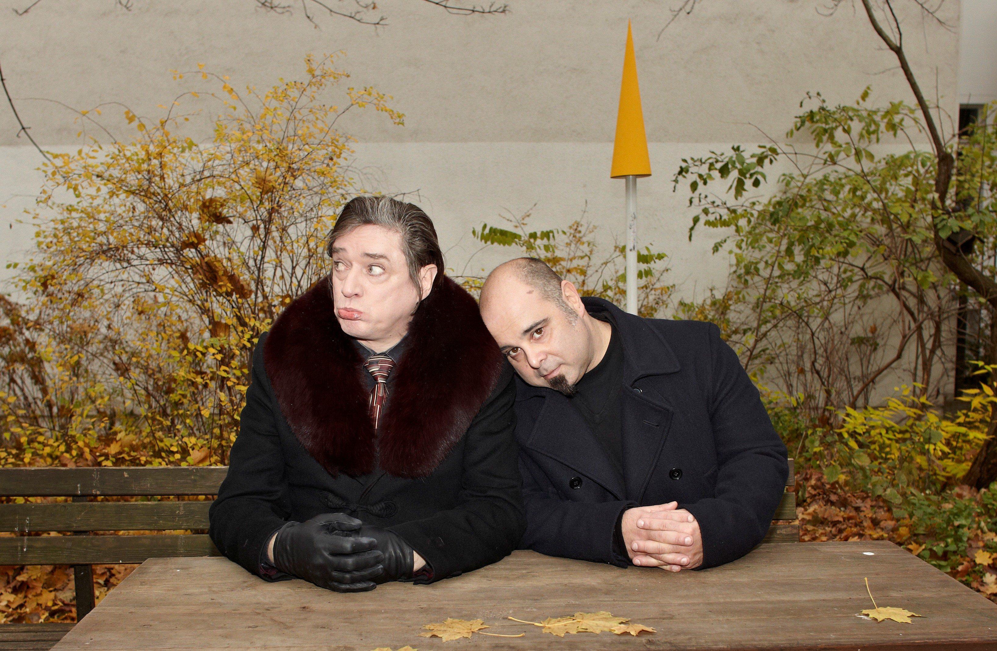 The ambassadors (holbein)