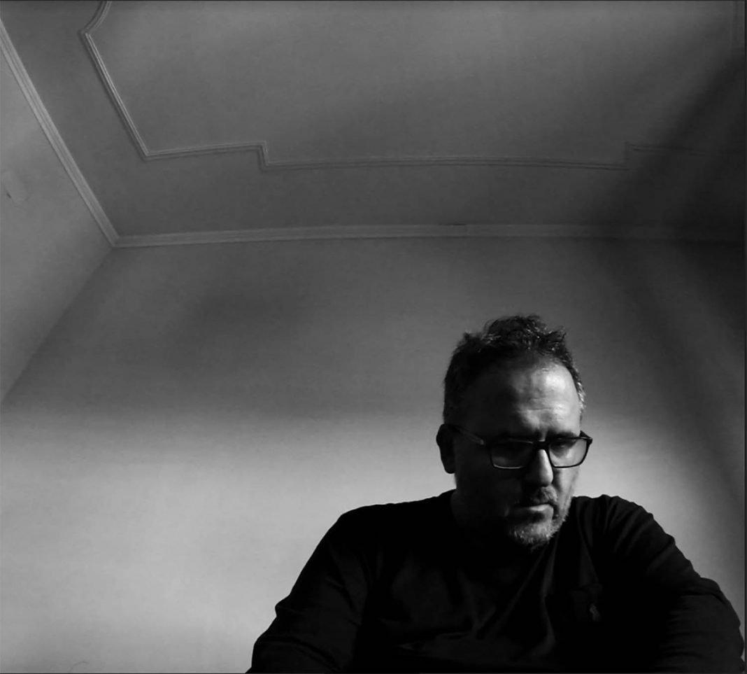 """Vincenzo Ramaglia Shares 'La parole 7' (feat. Laure Le Prunenec) single ANNOUNCES La parole Album ile ilgili görsel sonucu"""""""